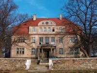Pałac Piława Dolna